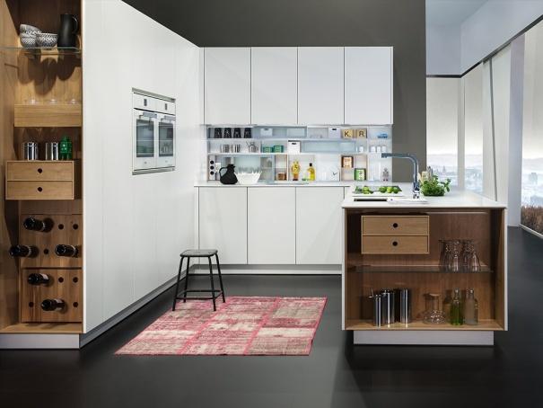 открытая, функциональна кухня