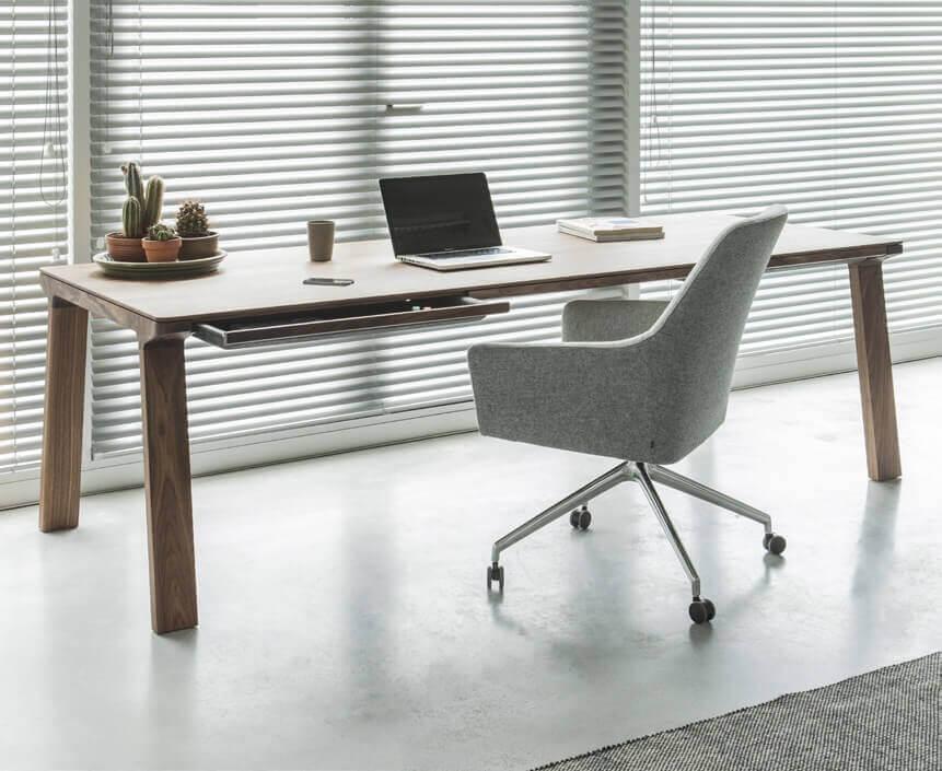 немецкие компьютерные столы